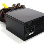 Embora o computador venha equipado por uma APU e o consumo de energia seja relativamente baixo, o Bits Gamer Junior possui uma fonte real de 500W, possibilitando que o usuário venha a fazer um futuro upgrade.