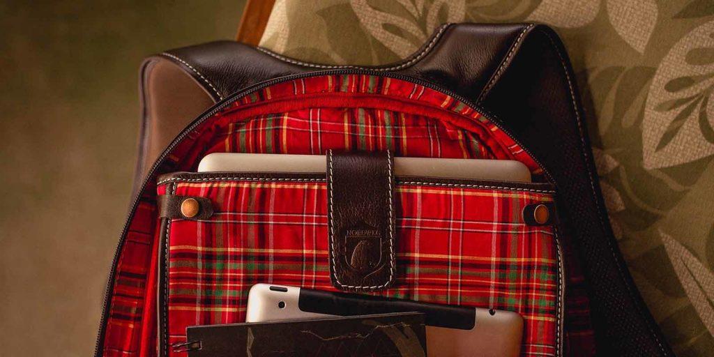 Notebook transportado em uma mochila com segurança